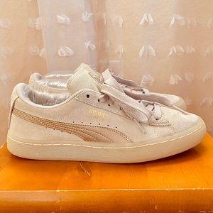 PUMA (Suede) Classic Sneaker